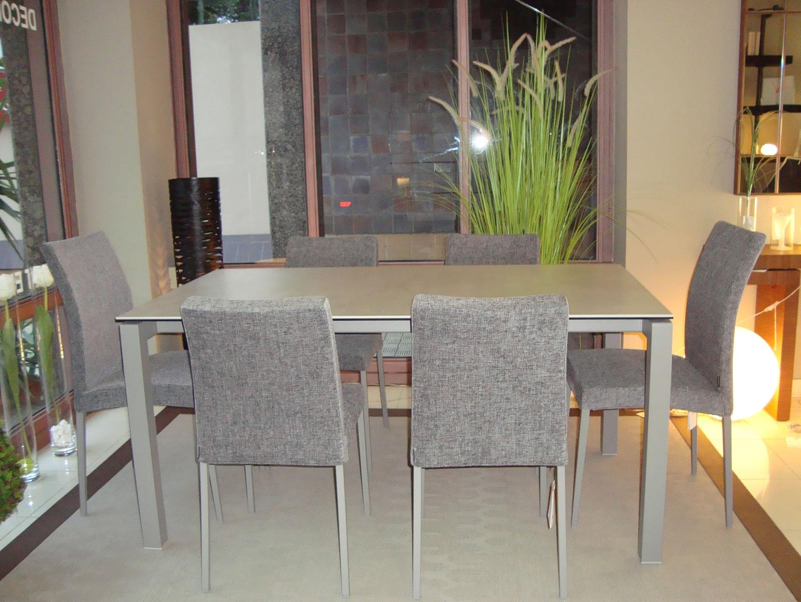 Decorar la mesa de comedor con sillas diferentes?   Decorart