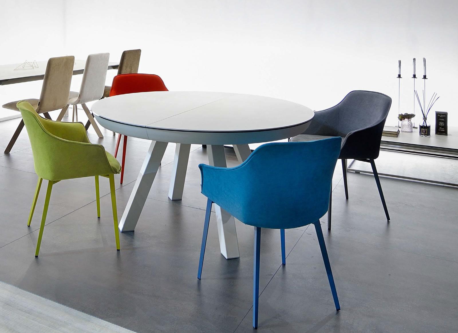 Decorar la mesa de comedor con sillas diferentes? | Decorart